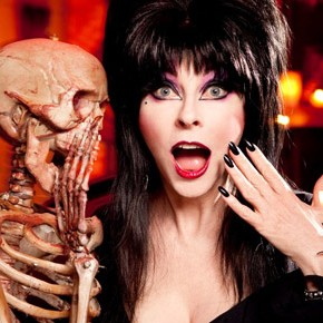 Elvira, Mistress of the Dark, No More! Comikaze Expo is Her Final Convention Appearance